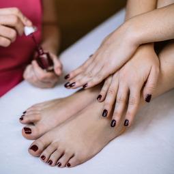 Pose vernis couleur pieds ou mains